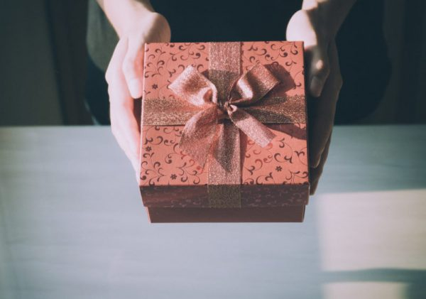 Christmas Present Idea Tips For New Or Expecting Parents Najell