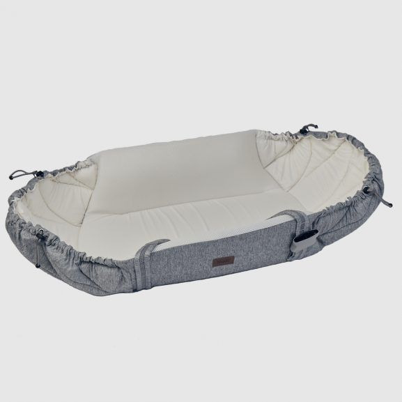 Najell babynest SleepCarrier in Morning Grey - folded out